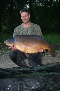 Willie 49lb mirror