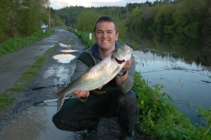 Rob with a specimen twaithe shad