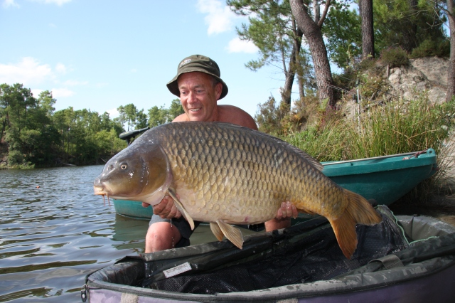 This 66lb 4oz common couldn't resist the chilli club boiles