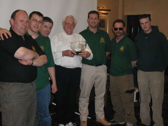 Tim Paisley in Dublin with some well known faces in Irish carping. Right to left is Scott Loughnane, Shane Kavanagh, Gerry Heapes, Tim Paisley, Mark Kelly, Stephen Shannon and Colin Seaton