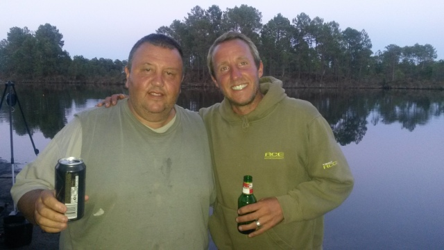 Eric and Lee Bowyer enjoying a beer